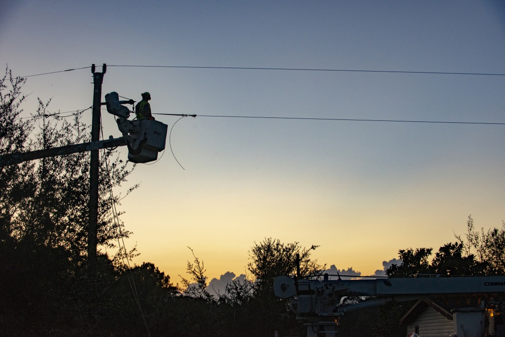 Co-Op Crews Continue Power Restoration Efforts In Florida And - Florida Public Utilities Power Outage Map
