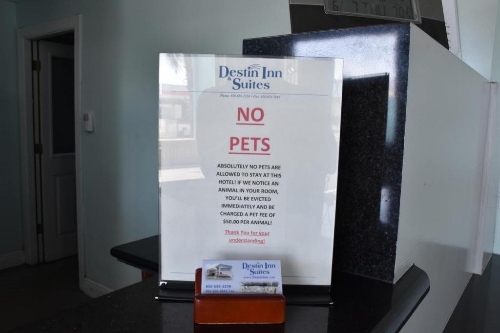 Destin Inn & Suites, Fl - Booking - Map Of Hotels In Destin Florida